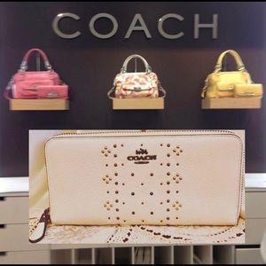 Coach Bandana Rivet Studded Chalk White Wallet NEW